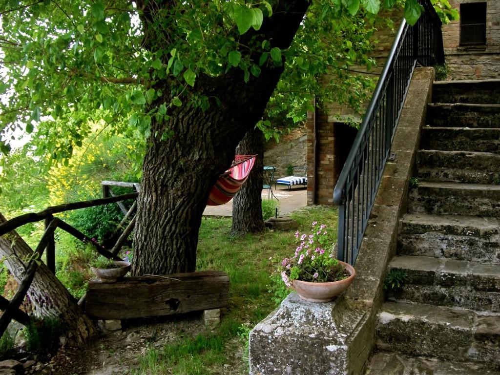 http://lnx.rosascarlatta.it/wp-content/uploads/2015/02/casa-dei-gelsi-ritoccata1-1024x768.jpg
